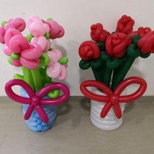 זר פרחים וורדים מבלוני צורות